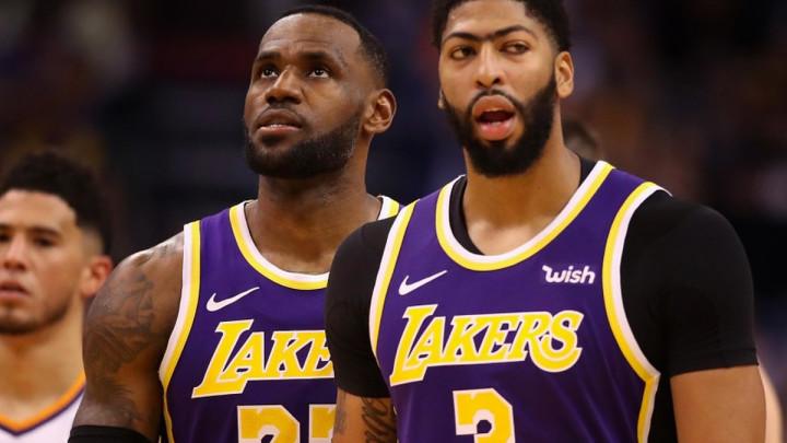 Veliki NBA derbi za Božić, Davis i James spremni
