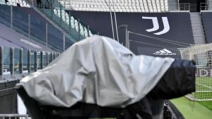 Juventusu stiglo pismo iz UEFA-e: Igra li Stara dama u Ligi prvaka?