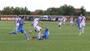 Nesreća na stadionu premijerligaša: Mladić upao u rupu i teško se povrijedio