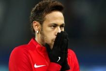 Neymar lumpuje do jutra, Emery šuti