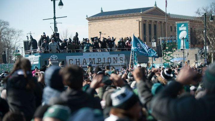 Šampionski doček: Dva miliona ljudi na ulicama Philadelphije slavi sa novim NFL prvacima