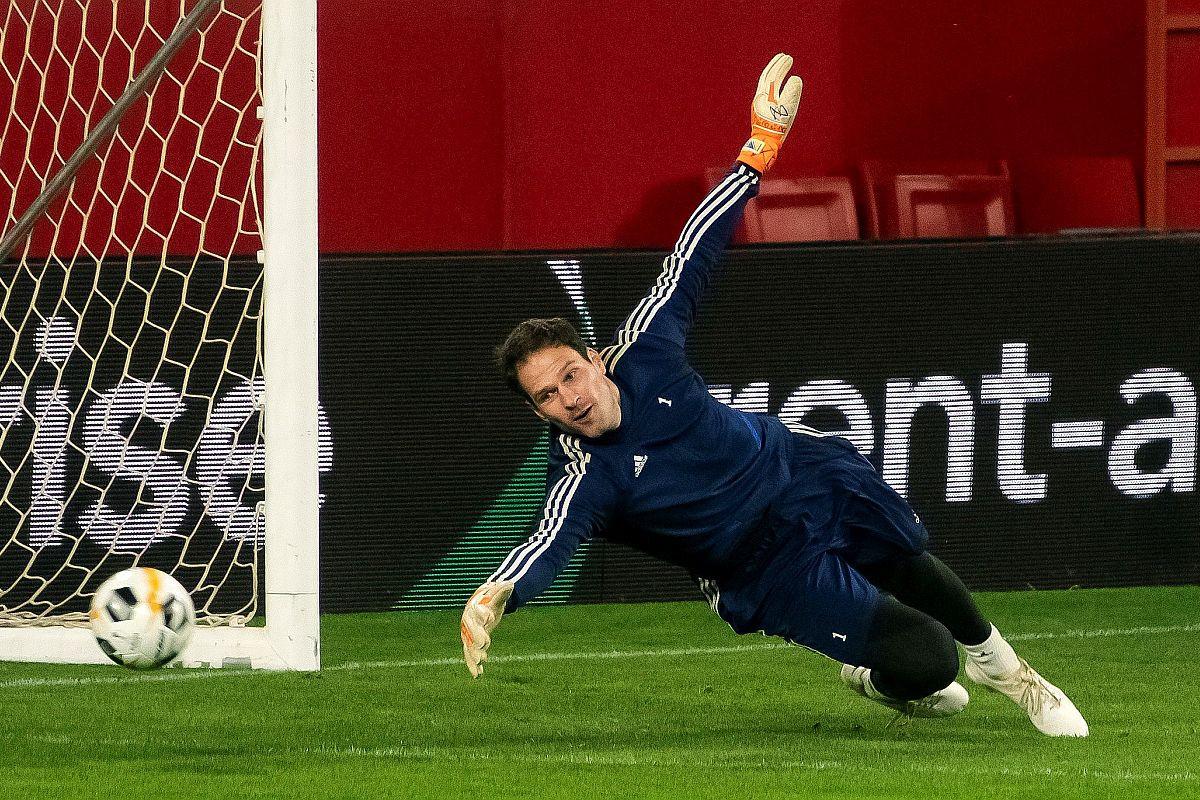 Begović se vraća u London, ali ne u Chelsea