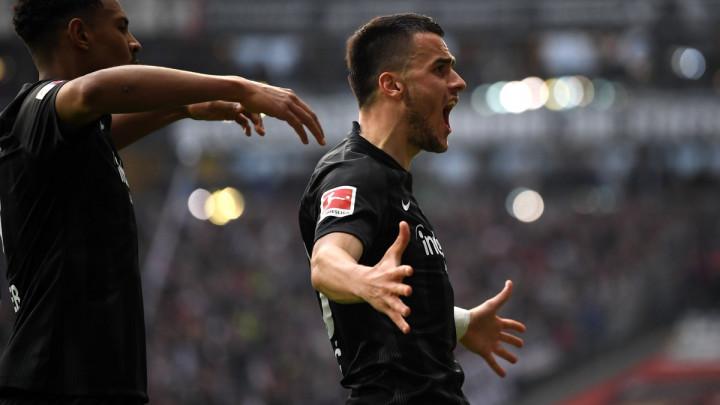 Eintracht na krilima Kostića i Jovića stigao do ubjedljive pobjede protiv Stuttgarta