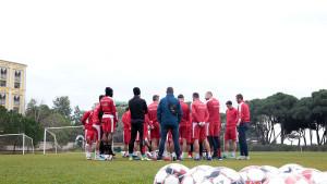 Svi igrači i stručni štab FK Mladost DK stabilno