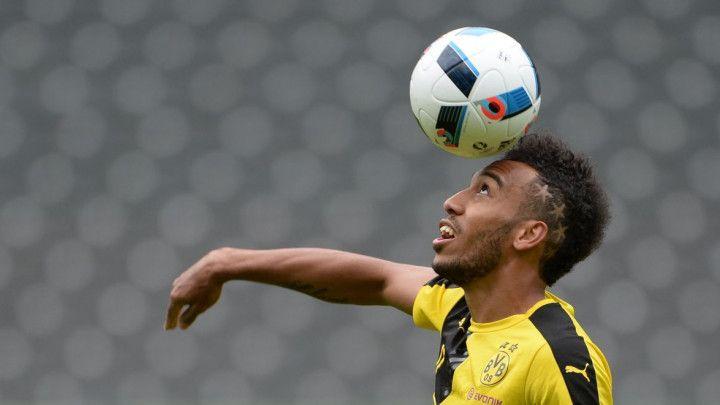 Nije igrao protiv Herthe, pa odlučio da uzvrati udarac čelnicima Dortmunda