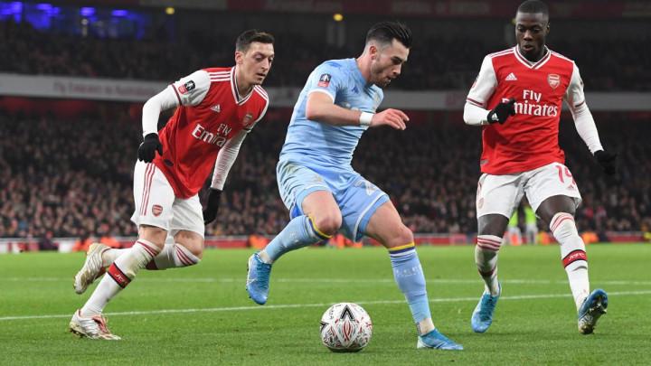 Crystal Palace dočekuje Arsenal, Kolašinac igra od prve minute