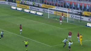 Begoviću, počni se zagrijavati: Donnarumma glupim potezom počastio Udinese!