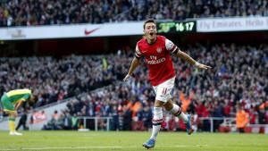 Podolski razočaran zbog načina na koji je Arsenal postupio sa Ozilom: Nikad lošu riječ nije rekao...