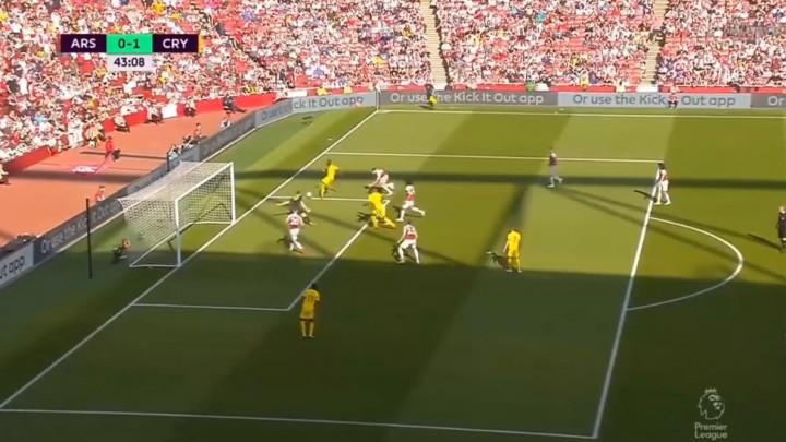 Leno fantastičnim odbrana spasio Arsenal u finišu prvog poluvremena