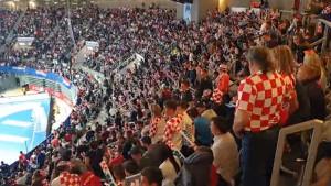 Hrvati nisu oprostili Beograd: Pogledajte kako je himna Srbije dočekana u Zadru
