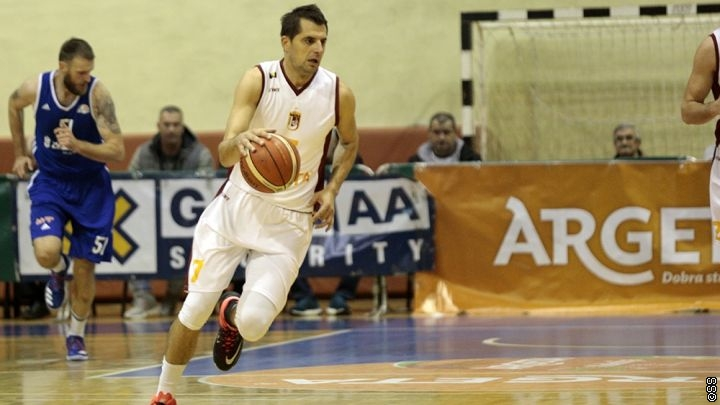 Oprostio se Goran Ikonić