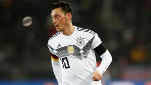 Ozil: Naravno da i dalje podržavam Njemačku