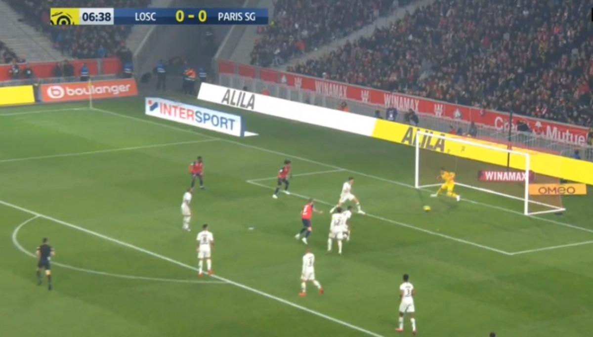 Komičan autogol igrača PSG-a, ali Parižani su ekspresno izjednačili