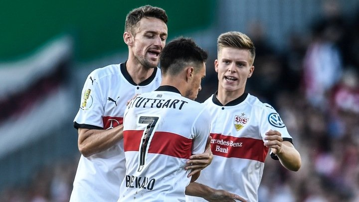 Burnić isključen u 12. minuti, HSV bolji od Stuttgarta