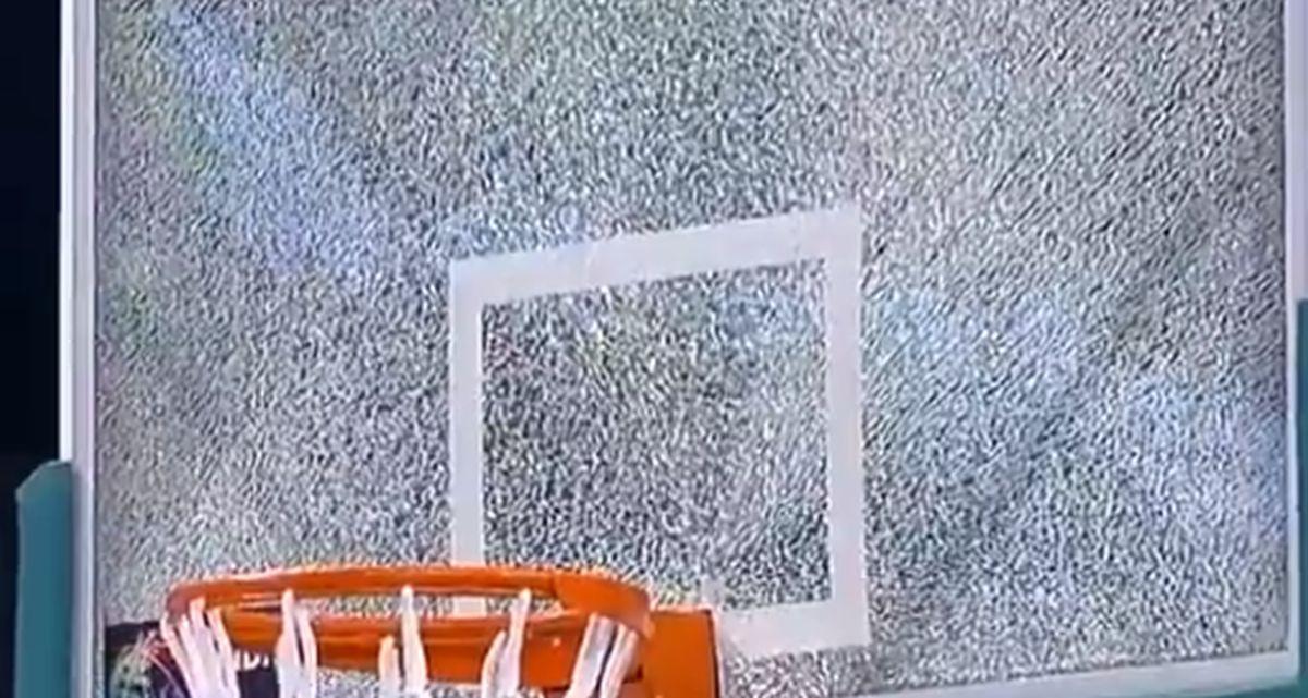 Košarkaš Real Madrida zakucao i slomio tablu