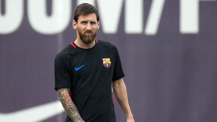 Malo erotike: Messi na čudnom mjestu tetovirao ženine usne