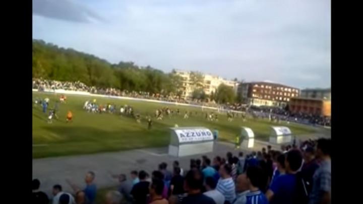 Tada smo vidjeli sve čari Prve lige FBiH: Tri crvena, dva penala i stotine navijača na terenu!