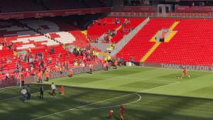 """Čovjek koji je u sjenu bacio i Salaha na Anfieldu okupio prijatelje i """"častio"""" ih centaršutevima"""