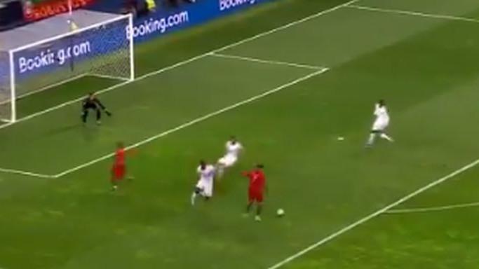 Pogledajte šou Cristiana Ronalda: Dva gola za dvije minute i put u finale Lige nacija!