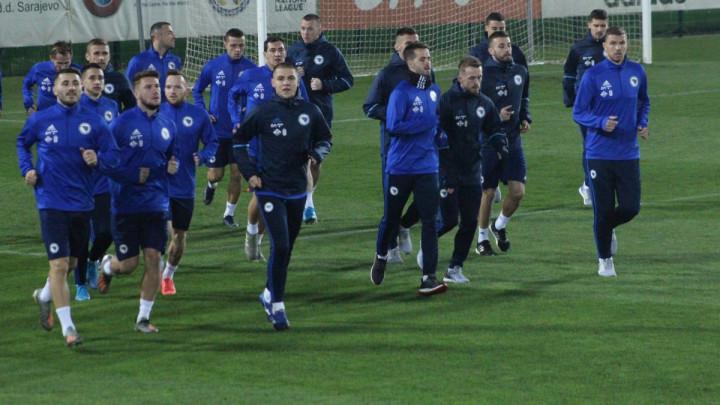 Reprezentativci BiH odradili trening u Zenici, čeka se dolazak Memiševića