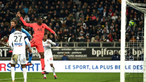 """Talentovani fudbaler želi ostati u PSG-u, menadžeri mu """"pune glavu"""" drugim idejama"""