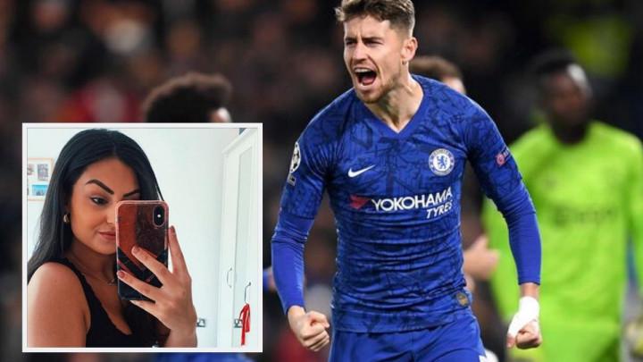Uništio i svoj i njen život: Jorginho zaveo uposlenicu Chelseaja, njen dečko poruke pustio u javnost
