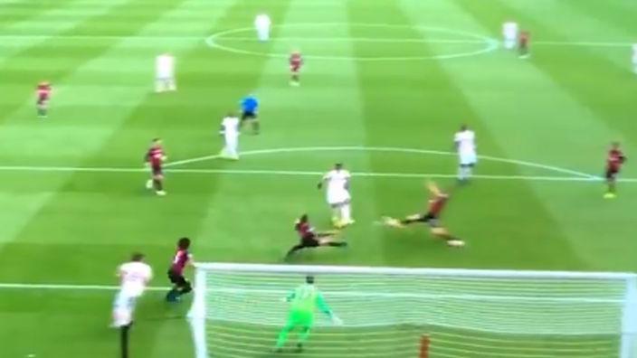 Martial savladao Begovića i vratio United u utakmicu