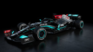 Mercedes predstavio novi bolid inspirisan borbom protiv rasizma