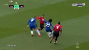 Da li je Chelsea oštećen? Brutalan start igrača Uniteda za koji je dobio samo žuti karton