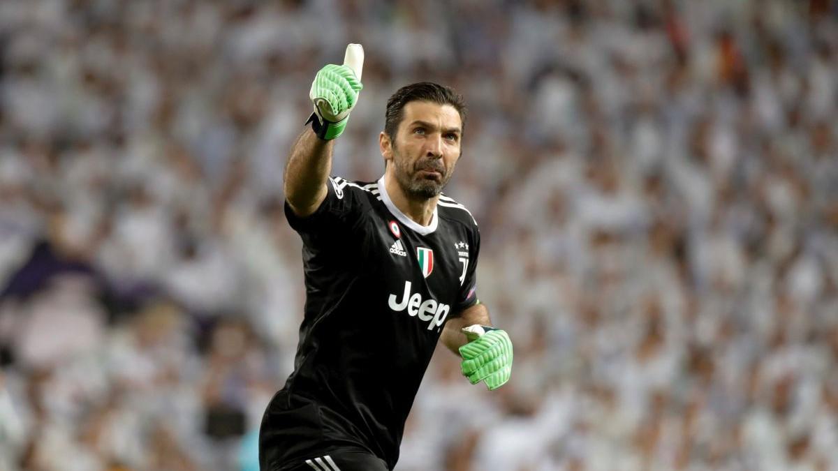 Buffonu ponuđena kapitenska traka i osam miliona eura po sezoni?