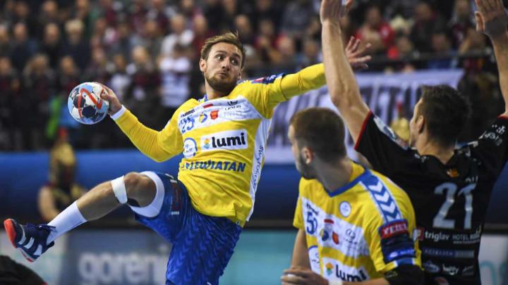 Barcelona poslala ponudu za Cindrića