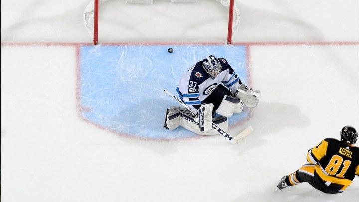 Dobra noć za domaće timove u NHL-u