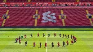 Fotografija dana dolazi iz Liverpoola: Svi na koljenima!