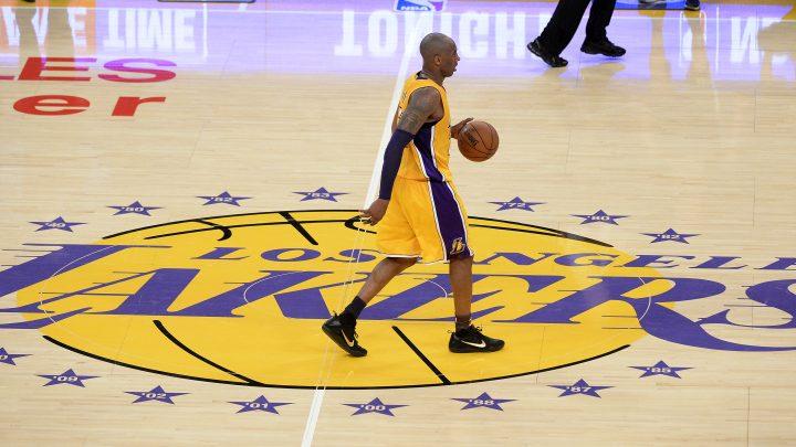 Lakersi povlače oba Bryantova broja