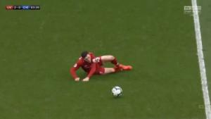 Redsima pao mrak na oči: Robertson se okliznuo kao Gerrard 2014. godine, ali je onda Klopp reagovao
