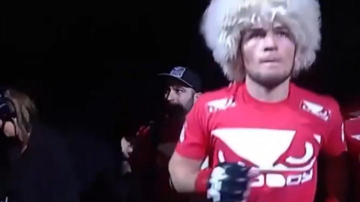 """Dan kada je povrijeđeni Khabib postavio rekord UFC-a: """"Ako postoji želja, uvijek se nađe rješenje"""""""