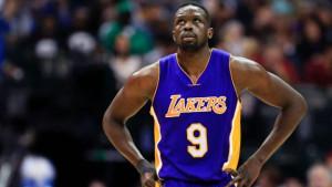 Lakersi pripremaju teren za dolazak nove zvijezde: Dogovoren raskid saradnje sa Dengom!