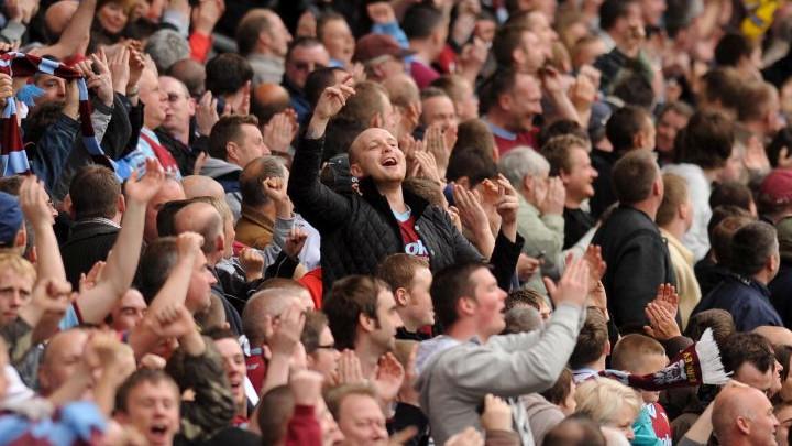 Trojica navijača Burnleyja izbodena, a još trojica teško pretučena