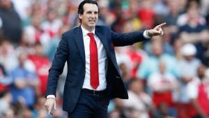Emery objasnio zašto je napravio čak sedam promjena u ekipi, ali i stao u odbranu svog igrača