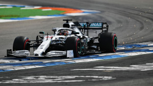 VN Njemačke: Dvojica vozača kažnjena, Lewis Hamilton ipak osvojio bodove