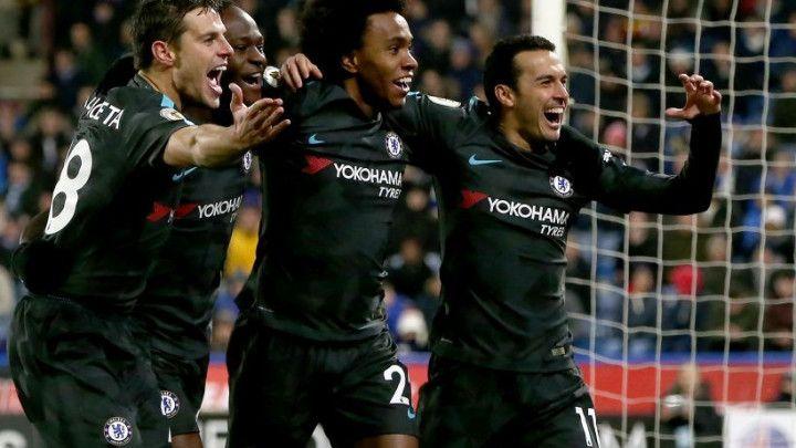 Chelsea siguran u Huddersfieldu