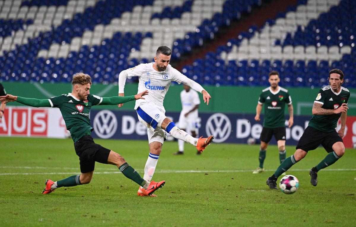 Vedad Ibišević i Naldo se potukli na treningu Schalkea!