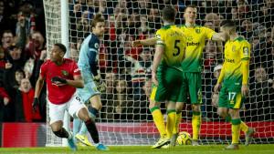 Chelsea i United razbili rivale, Leicesteru VAR poništio tri gola