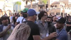 Legendarni UFC borac se pojavio na protestima u Kaliforniji