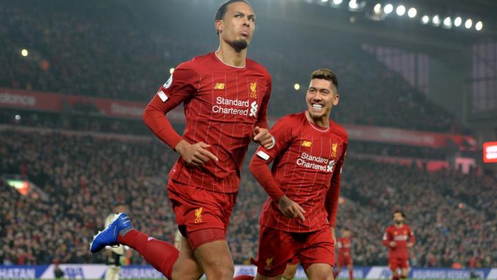 Van Dijk i Salah riješili najveći derbi engleskog fudbala i primakali Redse tituli prvaka