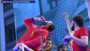 Veličanstven doček za Špance u Madridu: Gasol predvodio ekipu u slavlju