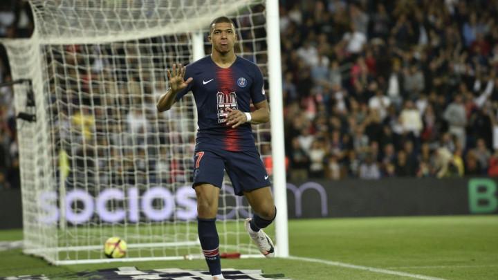 """Mbappe se igrao """"lopte"""" i potpuno razbio Monaco: PSG proslavio novu titulu prvaka!"""