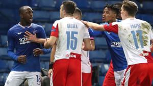 UEFA žestoko kaznila igrača Slavije zbog rasističkog ispada, ali kažnjen i Kamara