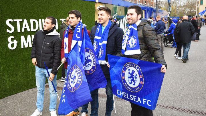 Bizarna pjesma navijača Chelseaja za navijače Huddersfielda