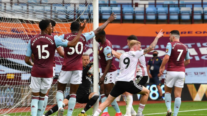 Uzalud gol tehnologija: Nevjerovatna krađa na meču Aston Villa - Sheffield United